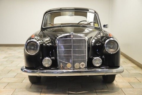 1958 Mercedes-Benz series 220 model 200 for sale
