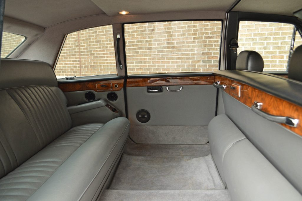 1985 Jaguar – Daimler DS 420 Limousine – Long wheel base factory limousine