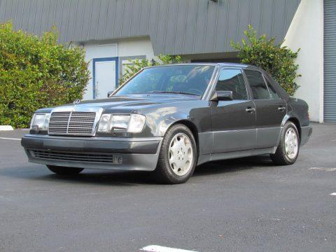 NICE 1993 Mercedes Benz 500E for sale