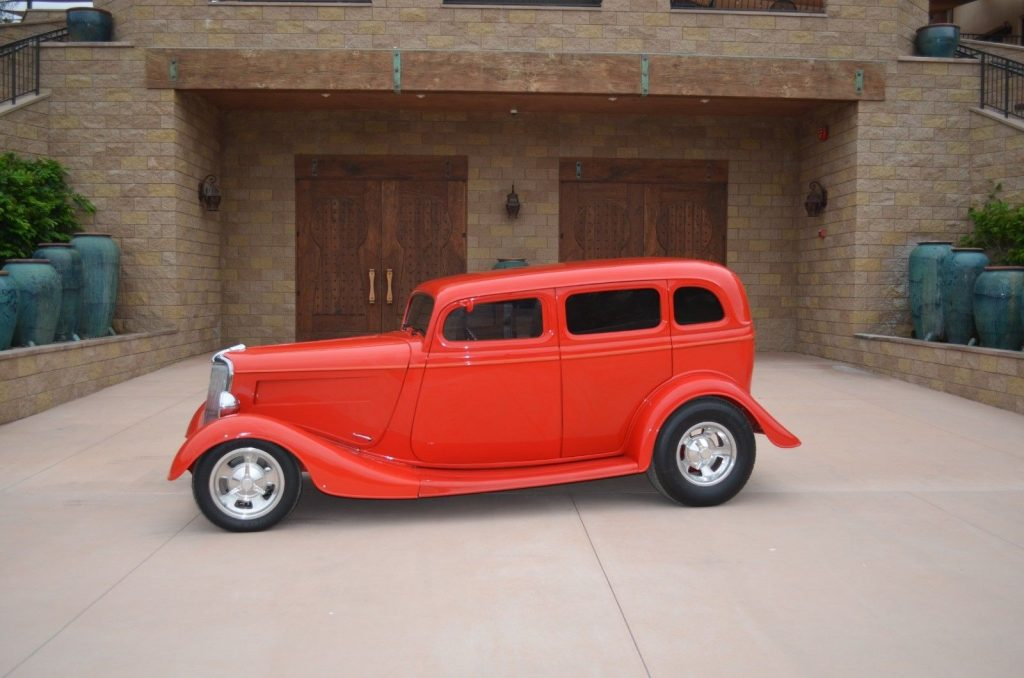 1934 Ford Sedan – Supercharged