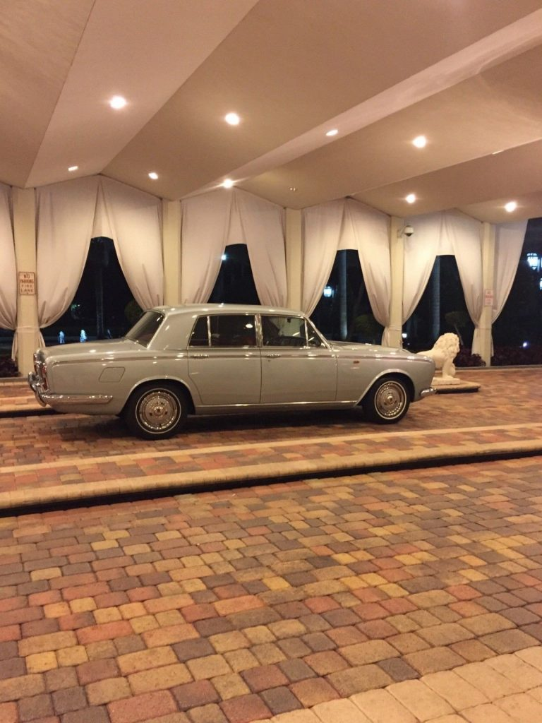 AMAZING 1967 Rolls Royce Silver Shadow