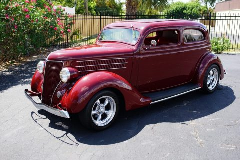 BEAUTIFUL 1936 Ford Sedan for sale