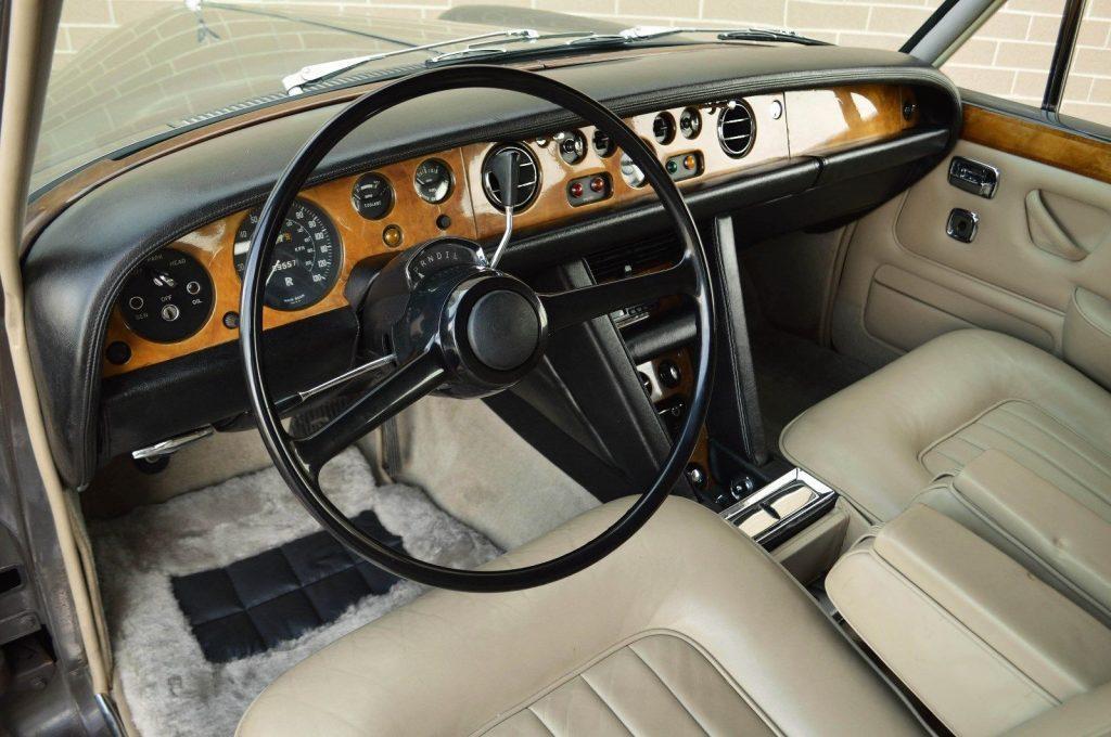 VERY RARE 1969 Rolls Royce Silver Shadow